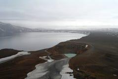 Кратер Askja, Oskjuvatn и озера Viti стоковые фото