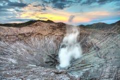 кратер bromo стоковые изображения