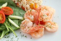Креветки с рисом и салатом Стоковые Фото