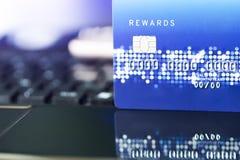 Кредитная карточка концепция жизни покупок удобства Концепция покупок электронной коммерции Стоковая Фотография
