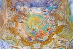 КРЕМОНА, ИТАЛИЯ: Слава фрески отца в Chiesa di Сан Sigismondo Giulio Campi, Bernardino Campi и Bernardino Gatti Стоковое Фото