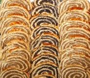 Крены макового семенени и грецкого ореха служили на рождестве и пасхе в Hu Стоковая Фотография