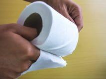 Крен полотенца белой бумаги Стоковые Фото