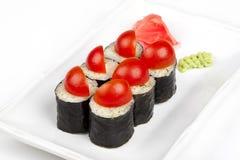 Крен суш с томатами и сыром вишни Стоковое фото RF