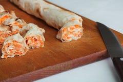 Крен хлеба pitta, моркови, яичек лежит Стоковая Фотография RF