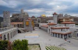 Крепость городка Akhaltsikhe в Georgia в пасмурном дне Стоковое Изображение RF