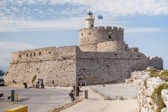 Крепость Санта Клауса на пристани в гавани Mandraki Стоковое Изображение RF
