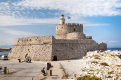 Крепость Санта Клауса на пристани в гавани Mandraki Стоковое Изображение
