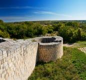 Крепость. Средневековая крепость в Болгарии Стоковые Изображения RF