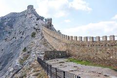 крепость fortifiaction консула замока genoese Sudak Крым Стоковое Изображение