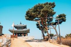 Крепость Seojangdae Hwaseong, корейская традиционная архитектура в Сувоне, Корее стоковые фотографии rf