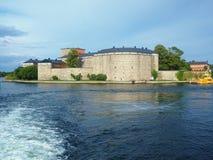 Крепость Vaxholm в архипелаге Стокгольма стоковые фотографии rf