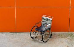 Кресло-коляска в больнице Стоковое Фото