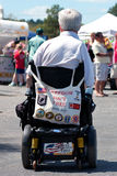 кресло-коляска vietname ветерана amputee стоковые фото