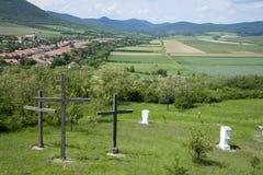 3 креста в холме Голгофы Hercegkut, Венгрии стоковая фотография rf