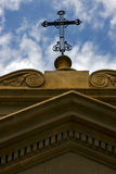 Крест наверху в старой церков Буэнос-Айрес Стоковые Фото