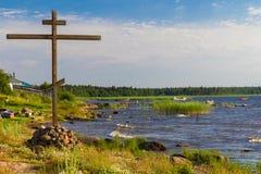 Крест на береге Стоковое фото RF