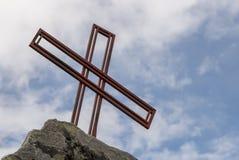 Крест на горе Стоковые Фото