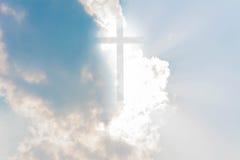 Крест на небе Стоковое фото RF