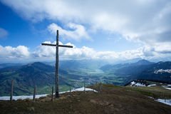 Крест на Rigi Kulm Швейцарии Стоковое фото RF