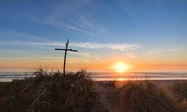 Крест ручки захода солнца Стоковое Изображение