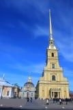Крест собора Питера и Пола стоковые фото