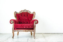 Кресло Cassical винтажное на белой предпосылке Стоковое фото RF
