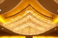 кристаллическая роскошь светильника Стоковые Фото