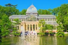 Кристаллический дворец Palacio de Cristal в Buen Парке del Retiro Равенстве Стоковое фото RF