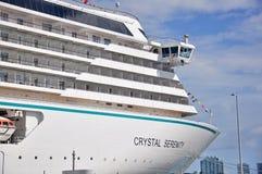 Кристаллическое туристическое судно спокойствия в Майами стоковые фотографии rf