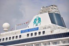 Кристаллическое туристическое судно спокойствия в Майами стоковое фото rf