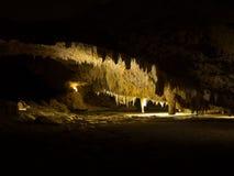 Кристаллические сталактиты пещеры, национальный парк Yanchep, западная Австралия Стоковое Изображение