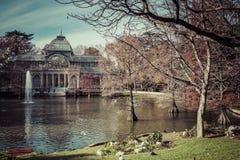 Кристаллический дворец (Palacio de cristal) в парке Retiro, Мадриде, Испании Стоковые Изображения