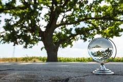Кристаллический глобус на улице Стоковое Изображение