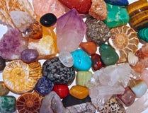 Кристаллы и semi драгоценные камни минералов Стоковое Изображение