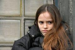 Критический смотря девочка-подросток стоковое фото