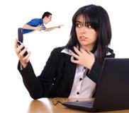 Сердитый босс на телефоне Стоковые Фотографии RF