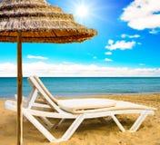 кровать пляжа стоковые изображения