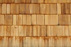 кроет деревянное черепицей стоковое фото rf