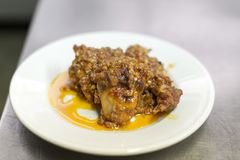 Кролик Chausser в блюде стоковые фотографии rf