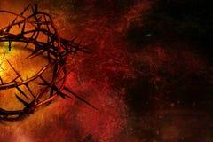 Крона терниев на красном цвете и предпосылке grunge золота Стоковое Изображение