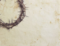 Крона терния на текстурированной предпосылке стоковая фотография rf