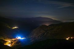 Крошечная деревня на ноче Стоковая Фотография