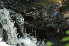 Крошечный водопад стоковые изображения