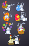 Кролики пасхи с пасхальными яйцами Стоковое Изображение RF