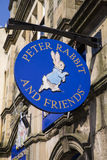 Кролик Питера и сувенирный магазин друзей в Bowness Стоковая Фотография