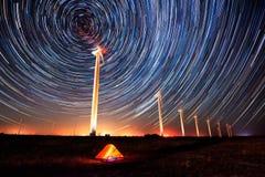 Круги в ночном небе стоковые фотографии rf