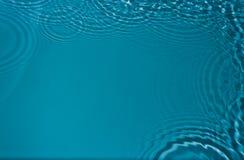 Круги на воде стоковая фотография
