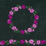 Круглая рамка и бесконечная щетка с одичалыми розами Лето цветет поздравительная открытка или предпосылка свадьбы иллюстратор илл Стоковые Изображения RF