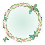 Круглая рамка с листьями и бабочками. Стоковое Фото